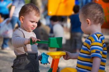 مهارت های ارتباطی کودک یک تا دو ساله