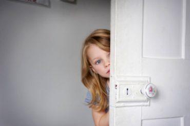 علل کمرویی و خجالت کودک ۱