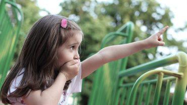 کمک به کودک با لکنت زبان