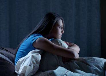 اهمیت مسئله بی خوابی در نوجوانان