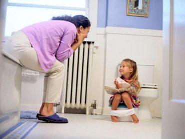 ۱۲ توصیه جهت آموزش دستشویی رفتن به کودکان