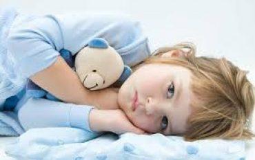 کودک کم خواب