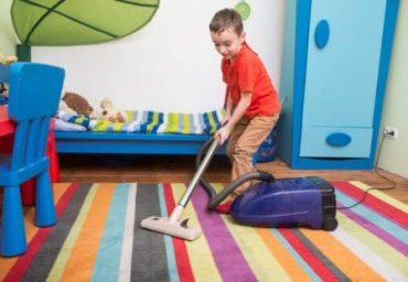 تشویق بچه ها به مرتب کردن اتاقشان