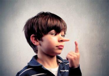 علل دروغگویی در کودکان