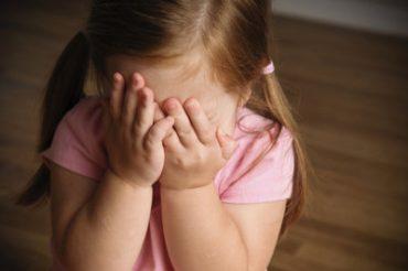علت کمرویی و خجالت ۲: علل زیستی