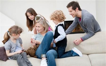 تاثیر محیط های نامساعد خانوادگی بر کودکان