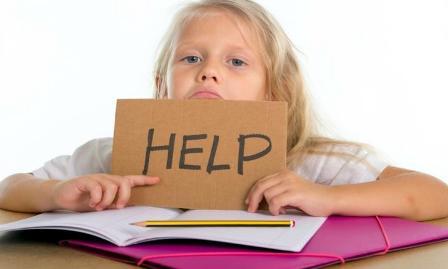 کمک به کودکان در انجام تکالیف