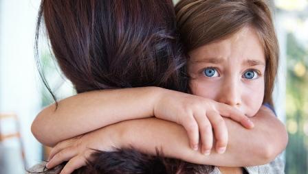 بررسی مشکلات دلبستگی در کودکان
