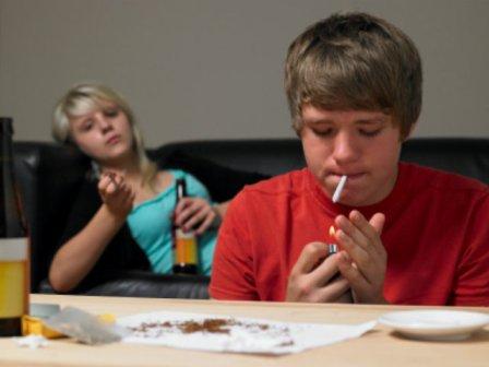 مواجهه با مصرف مواد در نوجوان