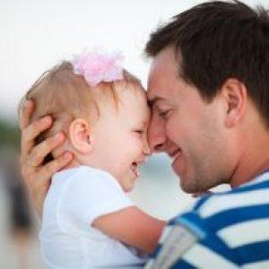 رفتار پدر و مادران جوان و رفتار با نوزاد