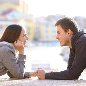 نوجوان عاشق و نحوه بر خورد با او