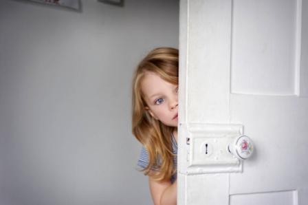 علل کمرویی و خجالت کودک 1