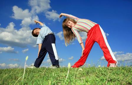 فعالیت های کودکان نوپا برای تقویت رشد جسمانی