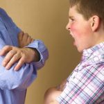 رفتارهای تهدید آمیر نوجوانان