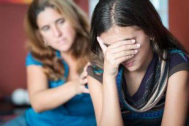 توصیه هایی برای کمک به نوجوان افسرده 2