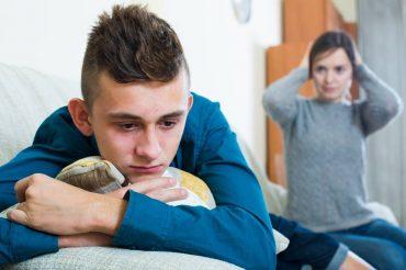 یازده اشتباه والدین در رفتار با نوجوانان