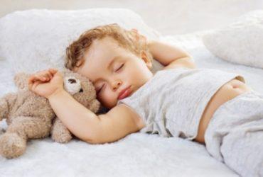 بهداشت خواب کودکان