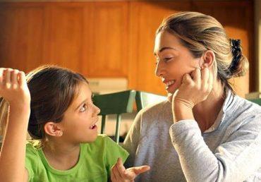 چهار روش ساده اما مؤثر برای ارتباط با کودکان خود