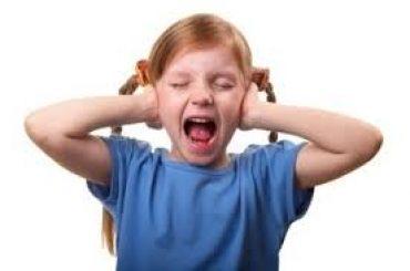 جیغ زدن در کودکان