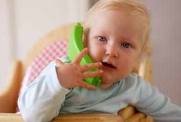 رشد زبان کودک: 10 تا 12 ماهگی