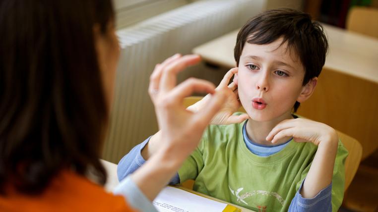 اختلالات تکلم کودکان