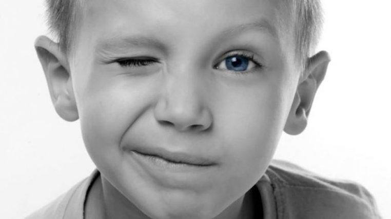 اختلال تیک کودکان
