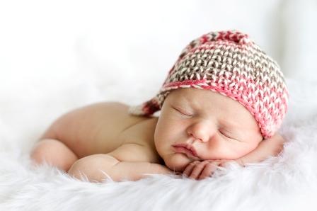 راهنمای جامع والدین برای خواب کودک (نوزادی تا یک سالگی)
