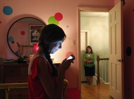 استفادهی نوجوانان از رسانه های اجتماعی، اضطراب و کمبود خواب