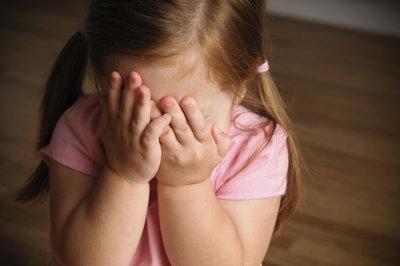علت کمرویی و خجالت 2: علل زیستی